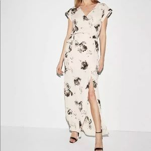 New express rolled sleeve floral surplice maxi SzM
